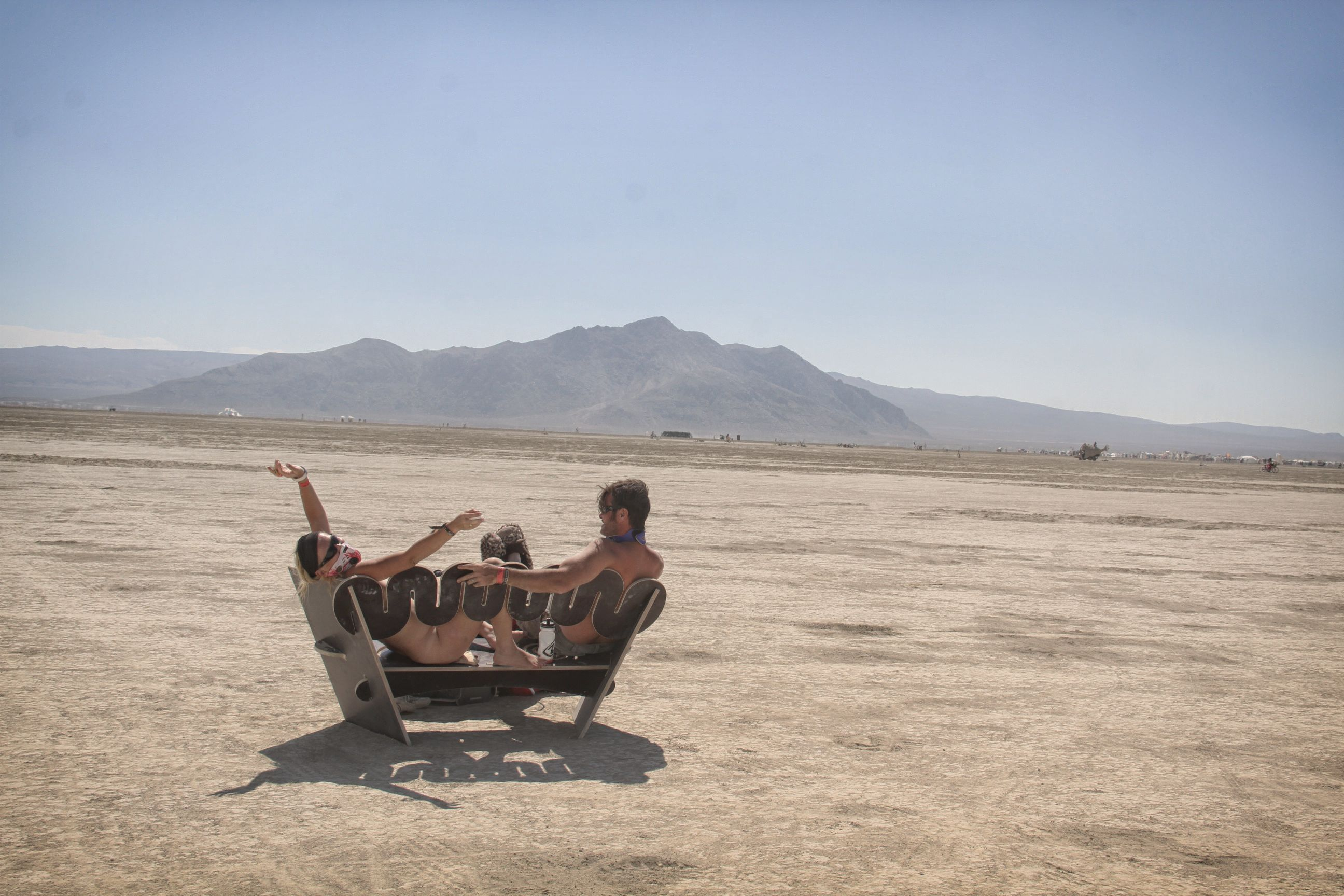 Naked couple on the Playa