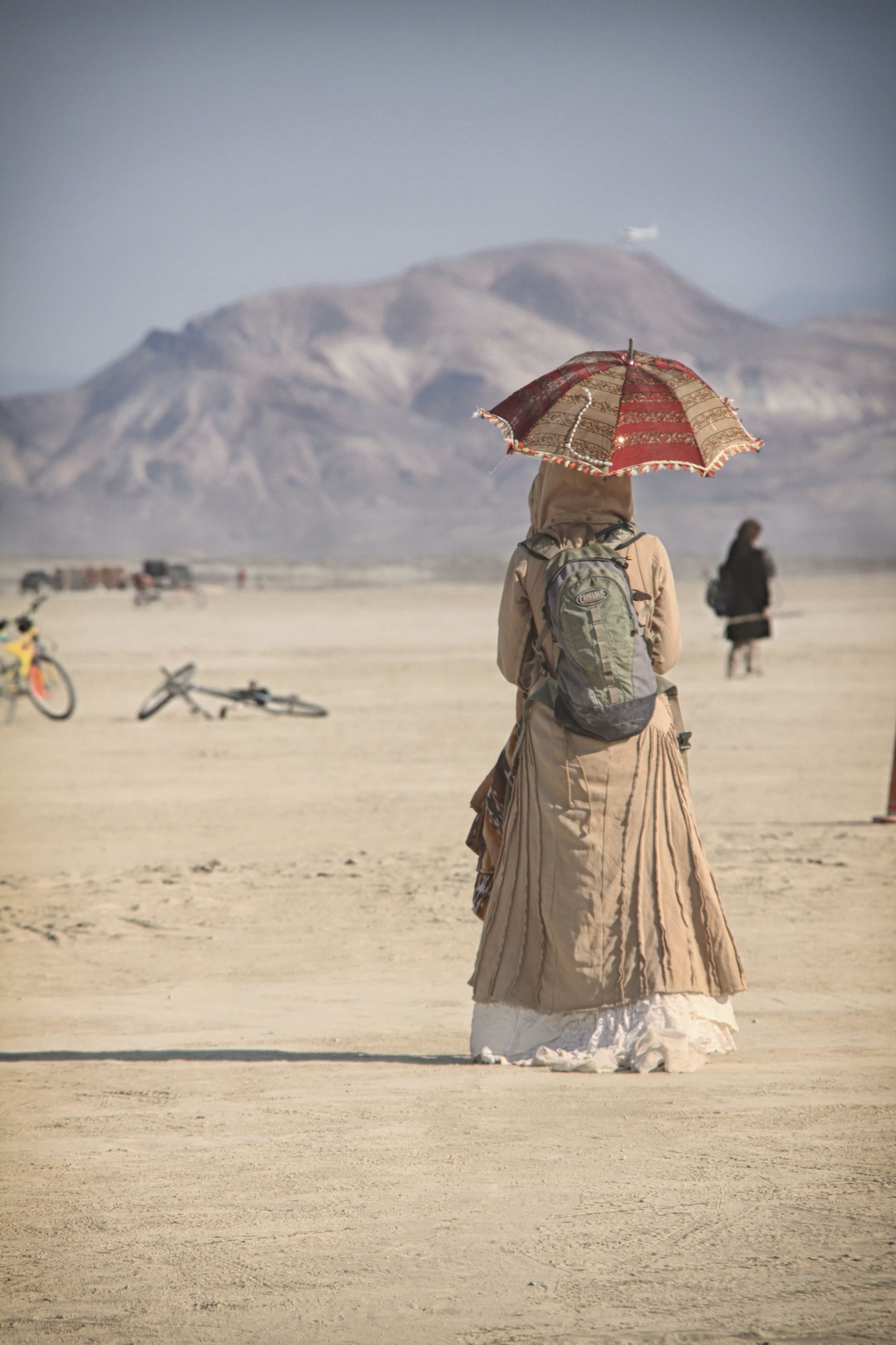The lady in the desert